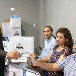 ONPE propone que miembros de mesa reciban pago en efectivo