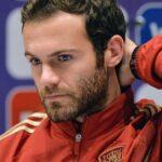 Jugador del Manchester United se queja porque gana demasiado