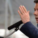 Presidente Santos pide la renuncia de ministros para reformar Gabinete
