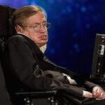 Stephen Hawking: Agujeros negros serían portales a otra dimensión
