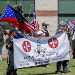 EEUU: Marcha de grupos supremacistas culmina con arrestos