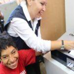 MIMP instruye a personas con discapacidad para voto electrónico