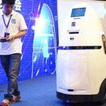 China crea un robot-policía que patrullaría en bancos y escuelas