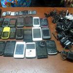 Inpe: Incautan más de 200 celulares en penal de Lurigancho (FOTOS)