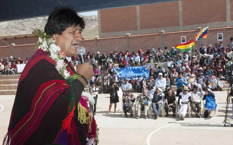 Gobierno descarta reconocer como cocaleros a promotores del bloqueo en Colomi