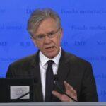 FMI pide ampliar periodo de gracia y vencimiento de deuda de Grecia