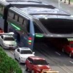 Lanzan bus futurista que pronto será una solución al tráfico vehicular [VÍDEOS]