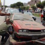 Breña: 70 vehículos en abandono son retirados