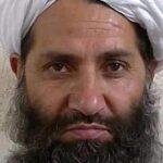 Los talibanes confirman la muerte de su líder mulá Mansur