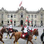 Ministro de Salud encabezó acto de Cambio de Guardia Montada