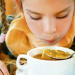 Salud: Conoce cómo combatir el frío con correcta alimentación