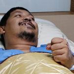 Tailandia: Pitón de 3 metros sale de inodoro y le muerde el pene (VIDEO)