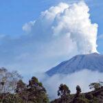 Costa Rica: Volcán Turrialba registra tres erupciones por hora
