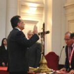Contralor Edgar Alarcón juró al cargo ante Poder Judicial