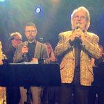 ABBA vuelve a subir a un escenario en reunión privada
