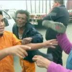 Cobrador golpea anciana que se negó a pagar S/ 0.50 más de pasaje [VÍDEO]