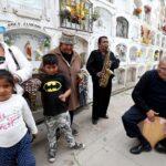 Día del Padre: Familias enteras acudieron a cementerios de Lima y Callao