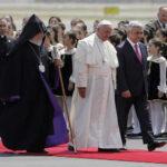 """Armenia: Papa invoca una paz sin la """"fuerza engañosa de la venganza"""""""