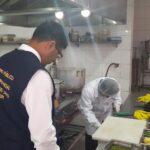 Chorrillos: Hallan insectos y productos vencidos en restaurante