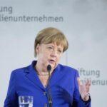 Merkel espera este mes avances claros sobre acuerdo de Minsk