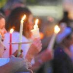 EEUU: Grupo anti-gay protesta en funeral de una víctima de matanza
