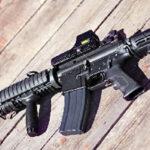 EEUU: Vendedor de autos regala rifle similar al usado en masacre de Orlando