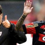 Marcelo Bielsa quiere llevarse a Paolo Guerrero a la Lazio