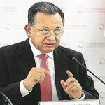 Frente Amplio pide investigación a 'fondo' contra Edgard Alarcón