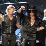 Los Guns N' Roses son detenidos por posesión de armas