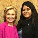 Peruana Praeli: Mi madre indocumentada fue quien me enseñó a ser estadounidense