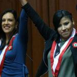 Emotivos juramentos de Indira y Marisa contra el fujimontesinismo