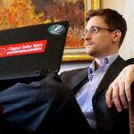 Snowden trabaja en un iPhone para periodistas indetectable