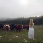 """""""Khaleesi"""": la bella sueca que domina a las vacas [VÍDEO]"""