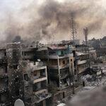 Siria y Rusia bombardean al Estado Islámico en barrios rebeldes de Alepo