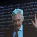 Assange amenaza con más filtraciones sobre  elecciones en EEUU