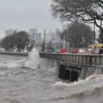 Argentina: Alerta por tormenta y vientos huracanados de hasta 100 km/h.