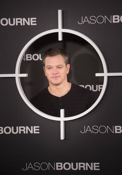 GRA237. MADRID, 13/07/2016.- El actor estadounidense Matt Damon posa para los medios durante el photocall de la película 'Jason Bourne', celebrado hoy en un céntrico hotel de la capital. EFE/Luca Piergiovanni