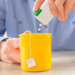 Estudio revela que edulcorantes artificiales aumentan el apetito