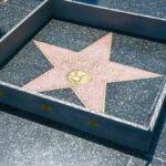 "Construyen ""muro"" que rodea a la estrella de Donald Trump en Hollywood"