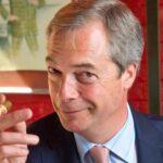 Reino Unido: Dimite Nigel Farage destacado partidario del brexit