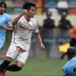 Universitario golea 4- 1 a Garcilaso recupera la punta del acumulado