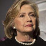 Clinton declara voluntariamente al FBI por correos electrónicos