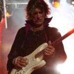 Aerosmith: Joe Perry se descompone en pleno concierto en Brooklyn