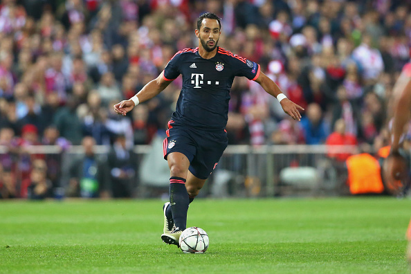 MADRID, SPAIN - APRIL 27:  Medhi Benatia of Bayern Muenchen runs with the ball during the UEFA Champions League semi final first leg match between Club Atletico de Madrid and FC Bayern Muenchen at Vincente Calderon on April 27, 2016 in Madrid, Spain.  (Photo by Alexander Hassenstein/Bongarts/Getty Images)