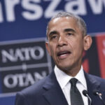 Barack Obama acortará su gira por Europa para acudir a duelo en Dallas