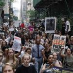 EEUU: Protestan por muerte de dos afroamericanos a manos de policías