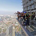 China: Instalan pasarela aérea a 420 metros de altura en Shanghai
