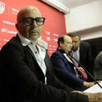 En Argentina insisten en Sampaoli para dirigir a la selección y al Sevilla a la vez