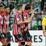 Brasileños consideran pésimo arbitraje de chileno tras eliminación en la Libertadores