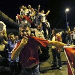 Turquía: destituyen a 2 mil 745 jueces tras el frustrado golpe contra Erdogan